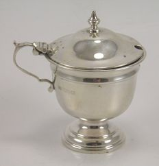 Art Deco Silver mustard pot, Viner's Ltd, Sheffield 1939