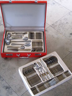 K&H-luxury 12-person cutlery set (72-piece) in carmine red diplomats suitcase