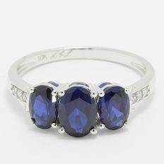 Estate  10kt White Gold Ring  Set With Diamonds and Sapphires