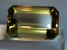 Citrine, brownish-yellow, - 177,68 ct