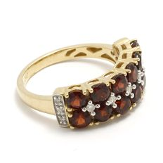 Estate 10kt Yellow Gold  Ring Set With Diamonds and Garnet