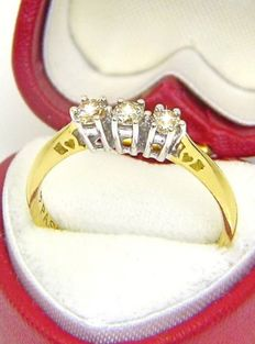 Bespoke ring by C W Sellors 0.30ct Diamond with heart box