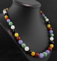 A necklace with multi-colour jade beads, 7 - 13 mm, 585 yellow gold