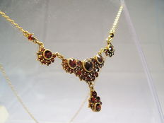 Bohemia garnet necklace gold-plated 900 silver