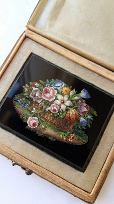 Souvenir of the Grand Tour: a micromosaic tile - Italy, 1st half of the 19th C
