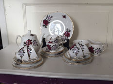 Colclough - Tea set decorated with roses