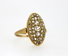 18K Yellow Gold Ladies Ring With Old Cut Diamonds ( 0.97 CT Total )