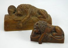 Antique Grand Tour carved wooden Lion of Lucerne figures – Swiss – late 19th Century
