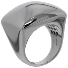14 kt white gold ladies ring, size 18