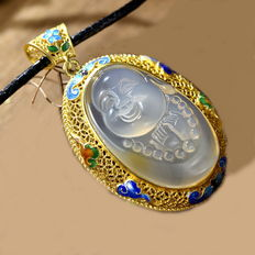 925 sterling Silver Gold Plated agate buddha pendant  - approx :19.2 g