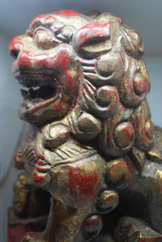 Polychrome wooden sculpture of a Foo Dog – second half of the 20th Century
