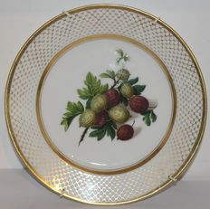 Edouard d. Honoré-several dessert plates with hand-painted fruit decoration