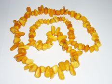 Old Natural Baltic amber necklace