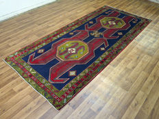 Charming beautiful Persian carpet Sarab/Iran 337 x 146 cm Semi antique mid 20th century in good condition KAZAK PATTERN