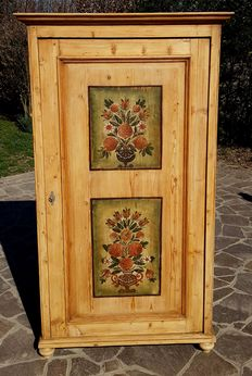 Single door spruce wood cabinet with front side painted in polychromy - Friuli, Italy - First half of the 20th century