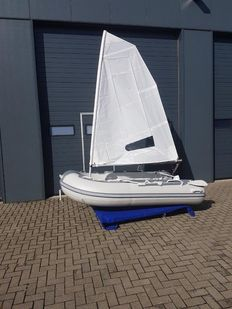 Sailing rubber boat 3.75 m - 2015