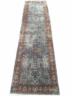 Oriental carpet rug Sarough - Made around 1990 - 80 x 304 cm - from 1€