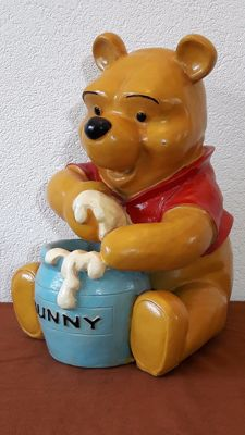 Winnie the Pooh relishes honey - epoxy resin - 35.5 cm