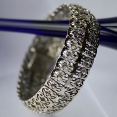 Beautiful wide silver bracelet with safety lock. Excellent state.