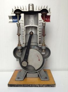 Model 4 stroke engine - around 1970
