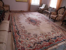 Beautiful handmade Persian Kirman rug
