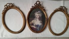 Lot of 3 equal wooden gilded bow frames - France - ca. 1890