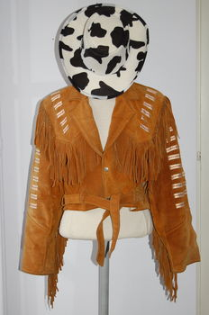 Three items: ladies suede cowboy jacket - a hat from Mexico - nubuck boots size 42 (EU) - the Netherlands - 2nd half of the 20th century.