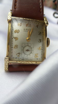 Beautiful vintage, antique Gruen Veri Thin wristwatch, gold plated, Art Deco, 1930s