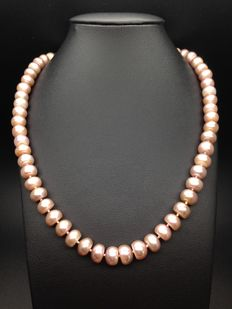 Lavender cultured freshwater pearl necklace with silver 925 ball clasp in high lustre - 43cm