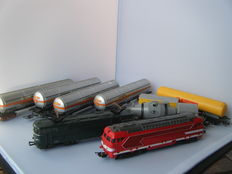 Lima/Jouef H0 - 2 locomotives with gas tank carriage train and mixed freight carriages of the SNCF