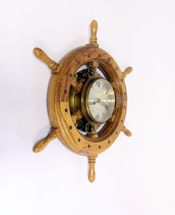 Ship's Time - Classic hand-made steering wheel with brass clock