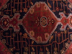 Antique hand-knotted Persian Hamadan rug, late 1900s