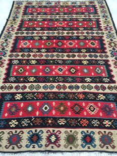 Beautiful Balkan kilim from Turkey - 197 x 284 cm - Made by late 20th century - from €1