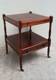 Mahogany side table with inlay, extendable plateau and drawer