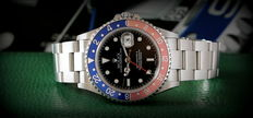 ROLEX – GMT MASTER II – For men – 2002