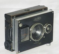 Ica Bébé small plate camera format 4.5x6cm approx. 1926
