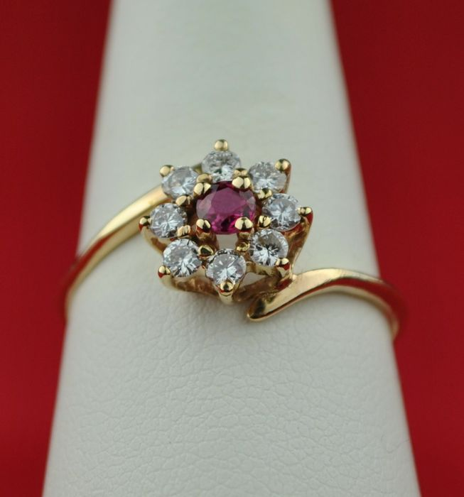 Ruby (3x3mm) & Diamond (total 0.40ct) 18k Yellow Gold Ring - E.U Size 59 *re-sizable