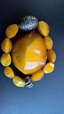 100% natural amber, not pressed, not processed. Bracelet and brooch, 41 grams in total