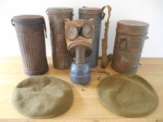 Lot of 1 gas mask TC-38-PT with 4 metal tubes and 2 berets