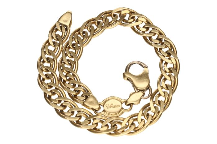 Yellow gold double curb link in 18 kt