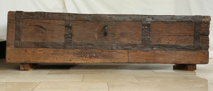 Rare solid oak wooden block chest with wrought-iron bands- Europe - early 16th century, possibly earlier