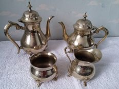 Silver plated coffee / tea set. England, first half 20th century