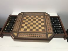 Chess: Conquest of Granada. Series  of 18-carat gold.