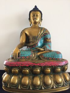 Large bronze Buddha - Nepal - late 20th century