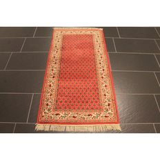Beautiful hand-knotted Persian carpet, Sarough Mir, 145 x 75 cm, made in India