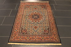 Royal hand-knotted Persian carpet, Moud Mut medallion, 103 x 150 cm, made in Iran around 1990