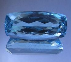 Topaz in aqua blue of 15.98 ct