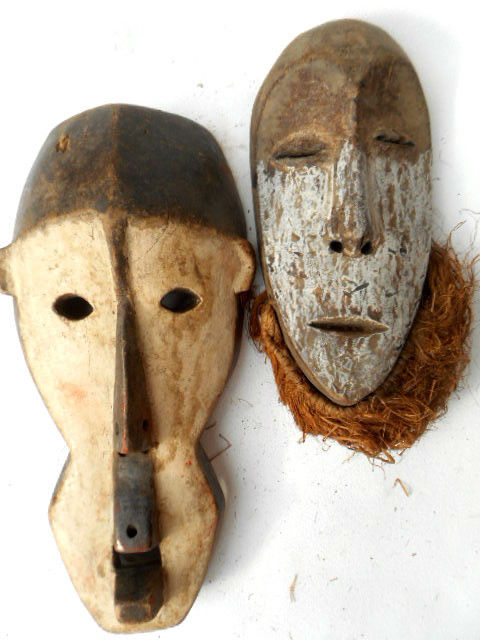 Lot of two masks LEGA Congo