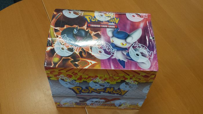 Pokémon - XY Flashfire Theme Deck Box Sealed - English (2014)