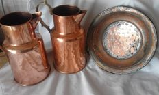 Nr. 2 Old copper jugs + perforated copper plate